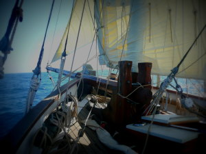 Uk sailing experience. Traditional sailing in the UK